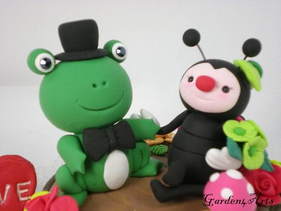 Custom Wedding Cake Topper--Frog & Ladybug Love Hand Hold Hand with Log Base--NEW