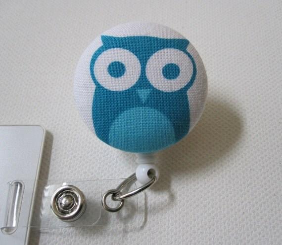 Swivel Clip Badge Reel in Bluest Owl