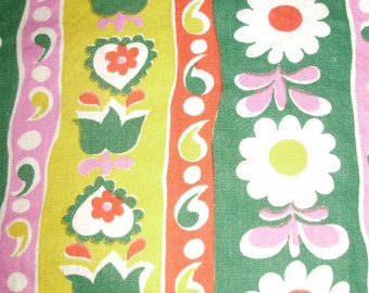 """Vintage Fabric Flowers and Hearts  35""""x44"""" Cotton"""
