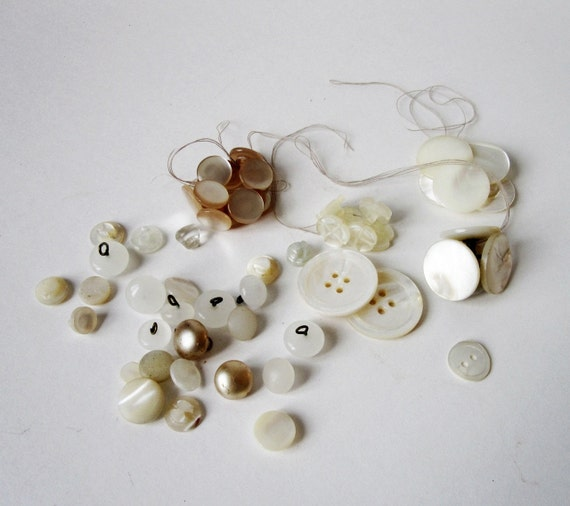 Vintage MOP and Pearly Button Collection - Generous Lot with more than 50 Buttons