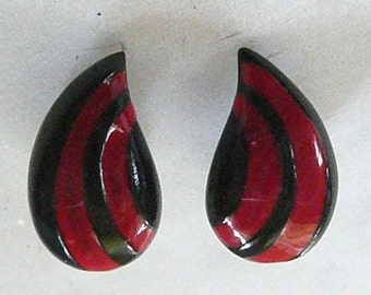 Red and Black Teardrop Enameled Earrings