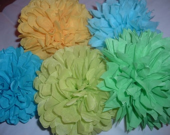 Tissue paper poms. Baby shower, Bridal shower, Birthday party Decorations. Set of 10 poms.