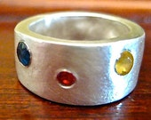Custom for Ultron12  Shiny spot of sapphire ring