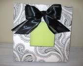 Black and Cream Paisley print 5x5 picture frame