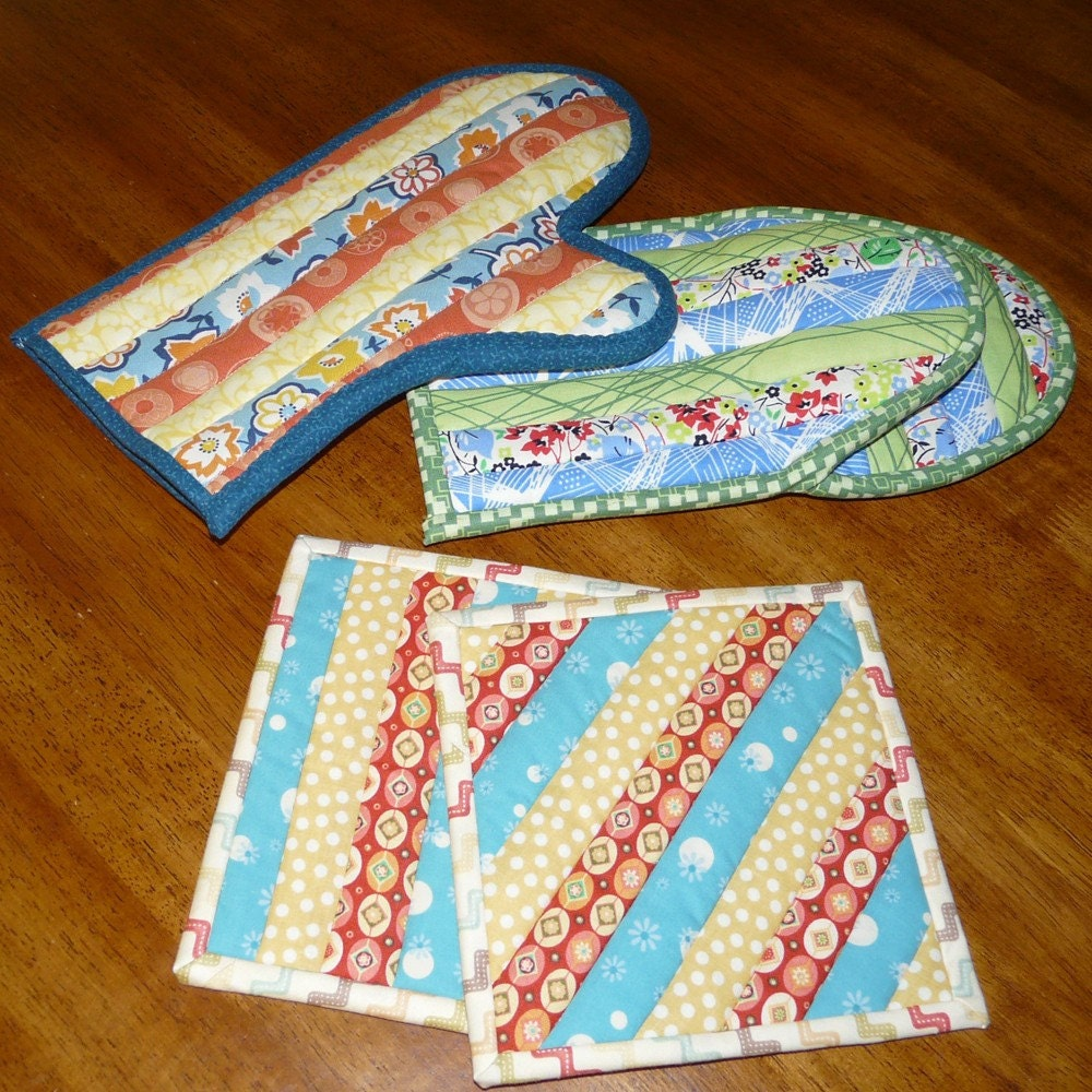 Free Patterns For Quilted Oven Mitts : Quilted Oven Mitts and Potholders Pattern no. 506