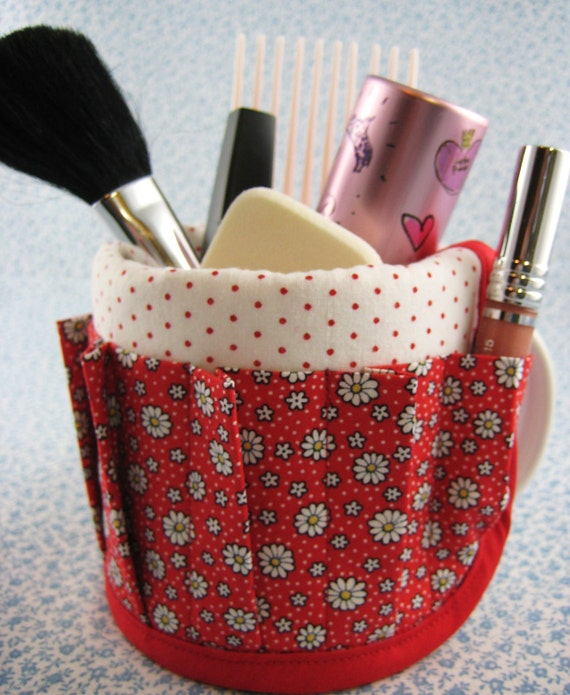 Coffee Mug Cup Aprons Covers Have Stuff will Organize Makeup Red Daisy Dot