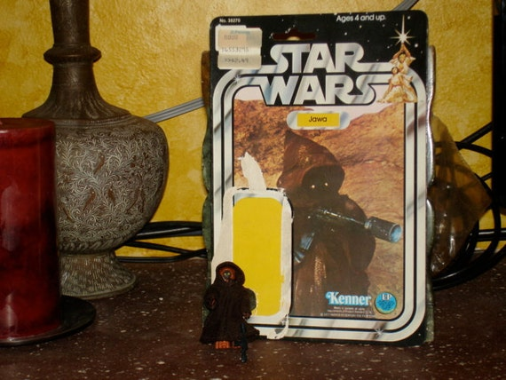 1977 vintage star wars jawa very tiny wear with card back, weapon and cloak