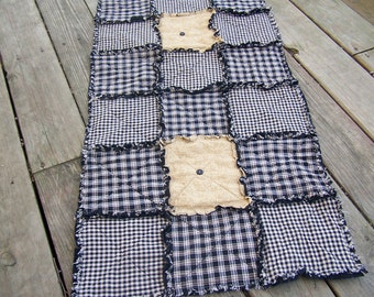 Homespun Black Country Primitive Rag Quilt Table Runner with Buttons, Handmade in NJ