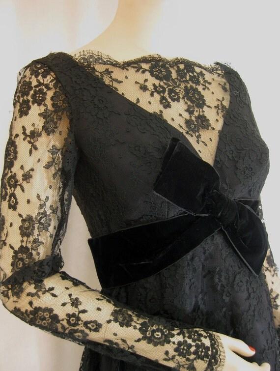 "Bewitching Black Lace Cocktail Minidress - Velvet Bow - 1960s Vintage - 28"" Waist"