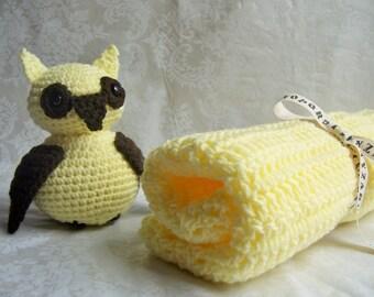 Crochet Baby Blanket, Baby Shower Gift, Yellow Baby Blanket, Crochet Owl with Blanket