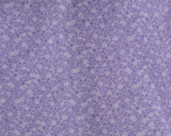Calico Cotton Fabric, 1/4 Yard, Vintage 1980s, Lavender Purple Floral, Cranston VIP, Quilt, Pillow, Baby, Christmas, Gift, Yards Available