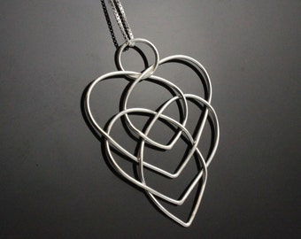 Celtic motherhood knot necklace.  Christmas gift for mom or grandma mother in law  Silver heart necklace Infinity knot necklace present