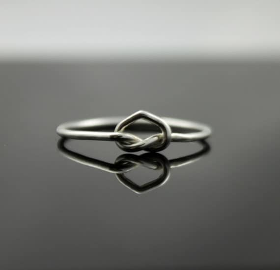 Sterling Silver heart ring. Love knot ring infinity ring. Unique promise ring, committment ring, Purity ring midi ring