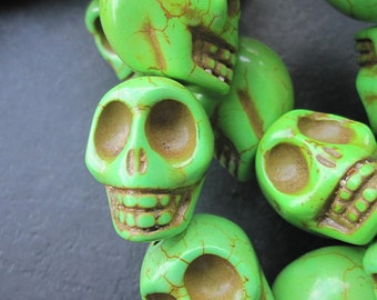 Large Bright Green Howlite Turquoise Skull beads 17x22x21mm - 18pc/strand