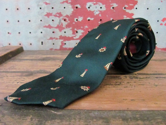 Sailboats Ship Wheels Anchors Lighthouses // Vintage 1970s - 1980s James Bliss Marine Tie