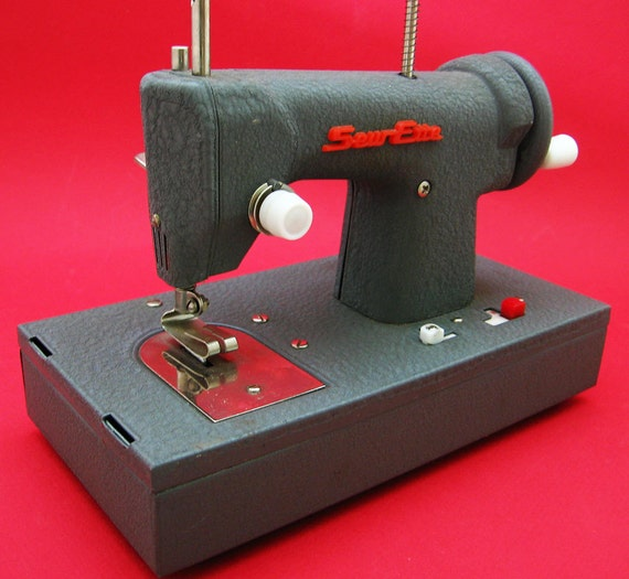 Sewing Machine 1950s Sew Ette Portable