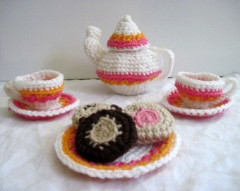 Crocheted Pink and White Tea Set