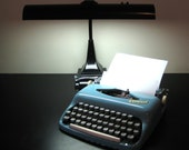 Vintage Consul Mobile Typewriter Made In Czechoslovakia