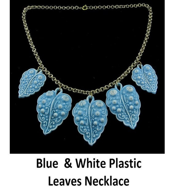 Bold 1940s Blue PLASTIC Dangling Leaves Charms Bib Necklace