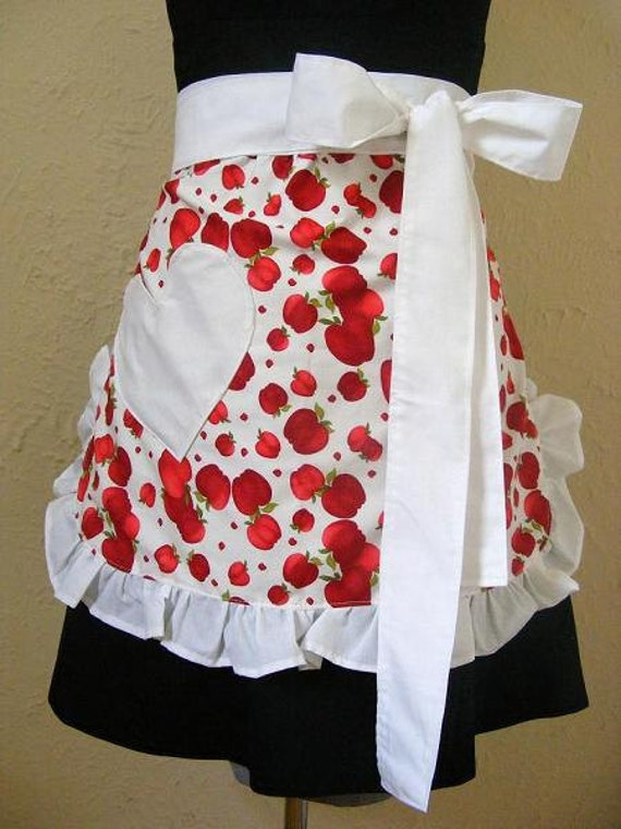 Apples Apron  Retro Style Red White With Heart Pocket