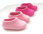 KIDS Felted Wool Slippers. In Case of Cold Feet. Non slip sole. Ecological. Various colors. Custom made all sizes for Kids