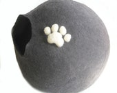 Wool Walker Pet Bed Cat Bed. Pure Wool. Pet Cave. Black color with White Paw