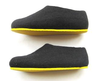 Wool Felt slippers Black Honey boiled wool felted slippers Men Women House shoes Best slippers honey Unisex Handmade Slippers Beekeeper Gift