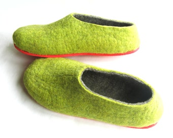 Green Gray Slippers - Wool Felted Shoe - Christmas in July - Minimalist Shoes - House Shoes - Rubber Soles - Color Blocking - Gift for Him