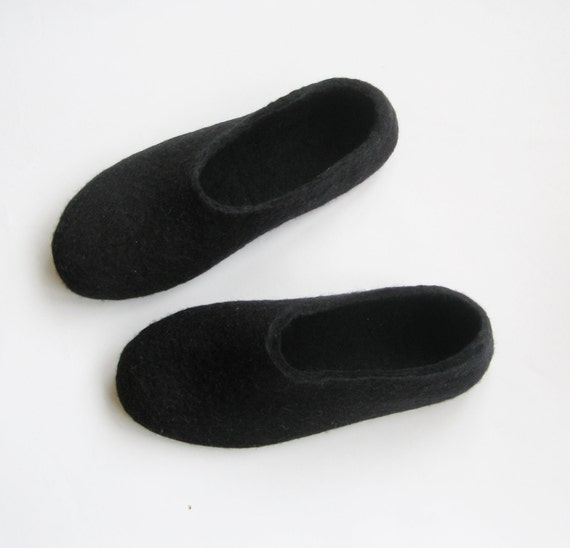 Felt Slippers Black - Contrast Sole Slipper - Mothers Day Gift- Gifts for Her - Womens Slippers - 100% Wool - Custom made to order