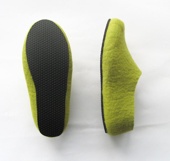 Wool Felted Slippers with Rubber Sole Wool Home Shoes Green Made to Order Men's Slippers House Slippers