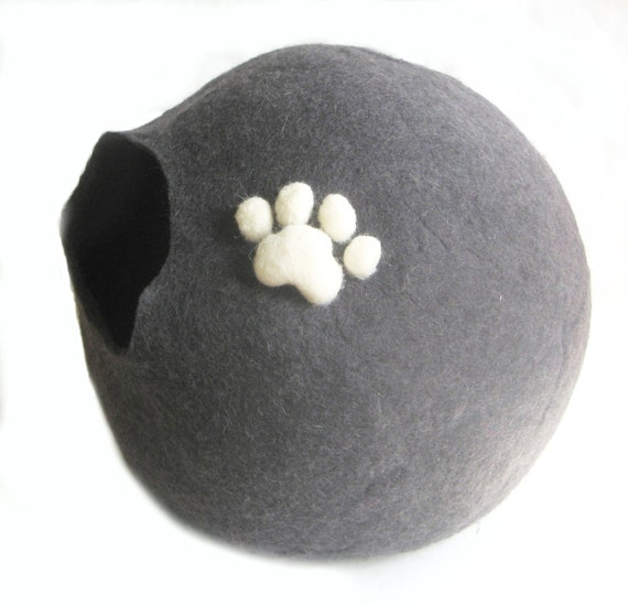 Cat Bedding XXL 3D Wool Paw Cat Cave Wool Cocoon Cat Paw Gifts for Cats Handmade Felted Wool Cats Home Shelter for Cat Friend Gifts