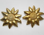 Great vintage earrings Lancome, gold plated,very nice and chic