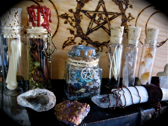 The Wild Witch kit -LOT-  Wand, Herbs, Crystals, Bone and MORE