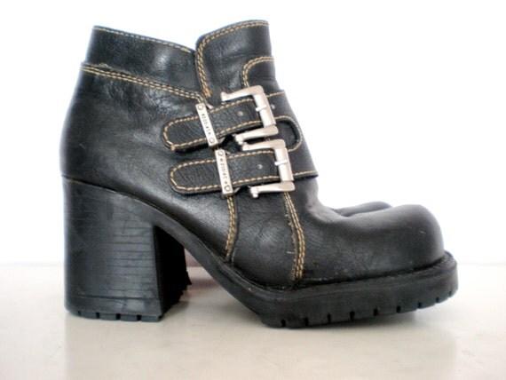 90's leather Zodiac buckle platform boots size - 5.5