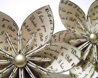 Set of 5 Personalized Paper Flowers: I love you print- custom, handmade gift for wedding, anniversary, or wedding decoration