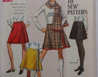 SALE - Vintage 60's Mod Sewing Pattern -  Front Wrap Skirt and Scarf - Simplicity 8298 -  Waist 27, Hip 38