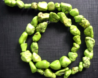 16 Inch Strand Apple Lime Turquoise Nuggets Beads