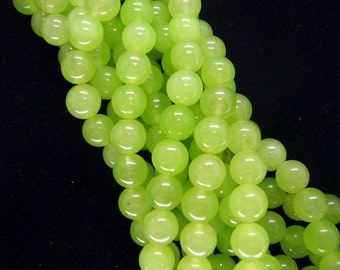 15 Inch Strand Light Green Jade Smooth Round Beads 8mm