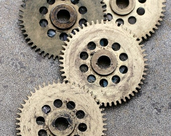 Vintage clock brass gears -- set of 4 -- D4