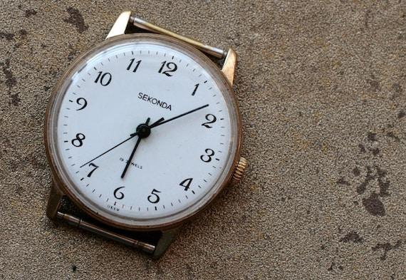 Vintage soviet Russian mens wristwatch SEKONDA -- gold plated