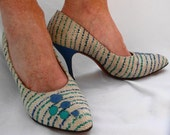 HEELS - 1950s - blue, teal and beige BUBBLE heels by PANDORA footwear - Hudson's Woodward Shops - Detroit - size 7