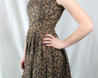 Saks Fifth Avenue dress 1950's silk brown with black flowers full skirt sleeveless black faceted sparkled buttons feminine beautiful size S