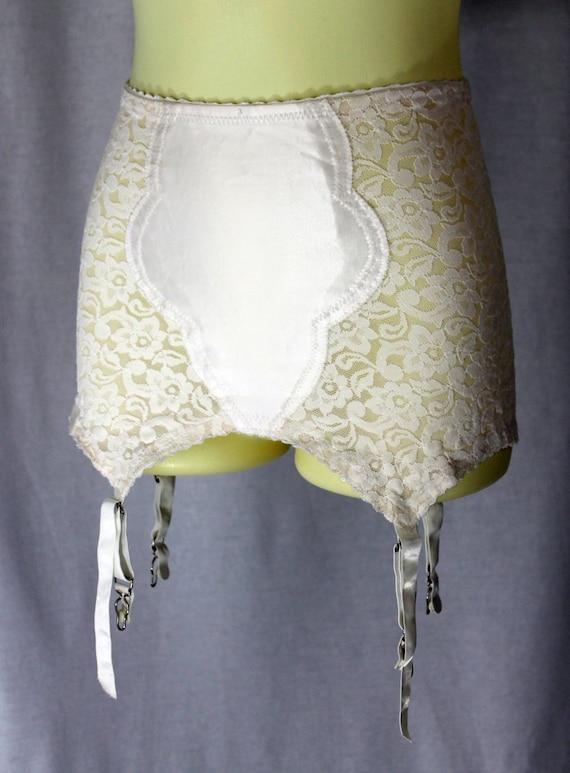 GIRDLE - Lacies by SIMONE - open bottom - 1950s - LACE - white - satin panel - small
