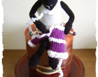 Knit - meself - sheep   :   Pattern only IMMEDIATE DOWNLOAD