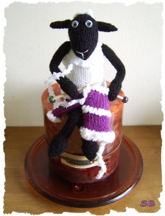 Knit - meself - sheep   :   Pattern only IMMEDIATE DOWNLOAD