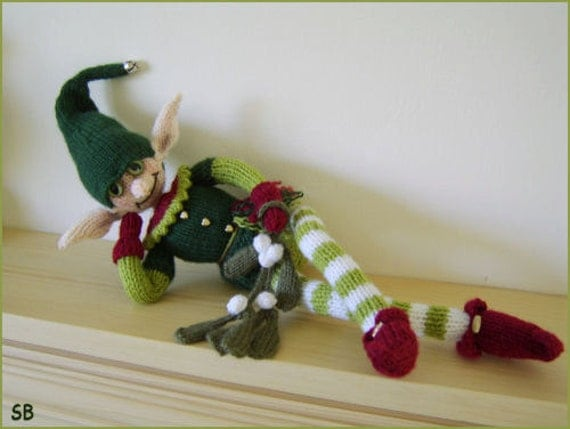 Mistletoe Elf : Pattern only IMMEDIATE DOWNLOAD
