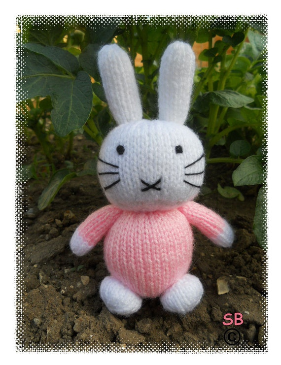 Hello Bunny   :   Pattern only IMMEDIATE DOWNLOAD
