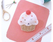 sprinkle cupcake felt pin brooch hand stitched accessory in white and tan