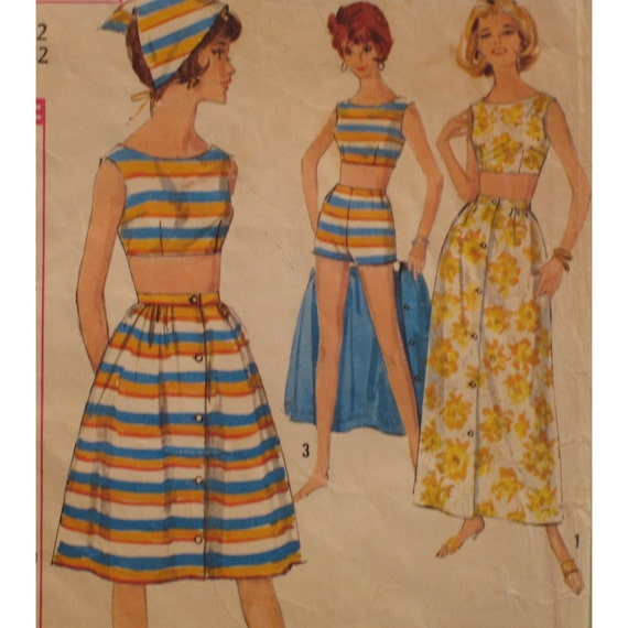 "Mad Men 1960s Beach Wear, Midriff Length Top, Shorts, Button Skirt, Scarf, Simplicity No. 5424 Bust 32"", 81cm)"
