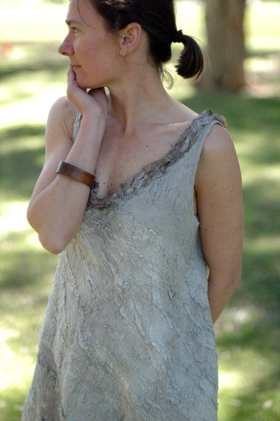 Grey oyster shell flapper wedding dress
